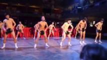 Striptíz na stužkovej pražského gymnázia